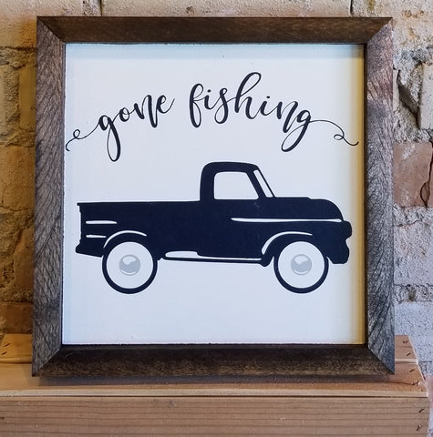 "Wooden ""gone fishing"" Sign"