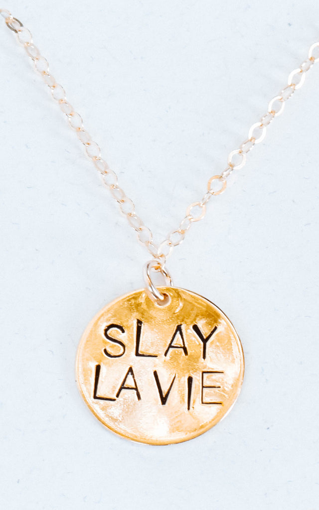 dainty gold necklace slay la vie