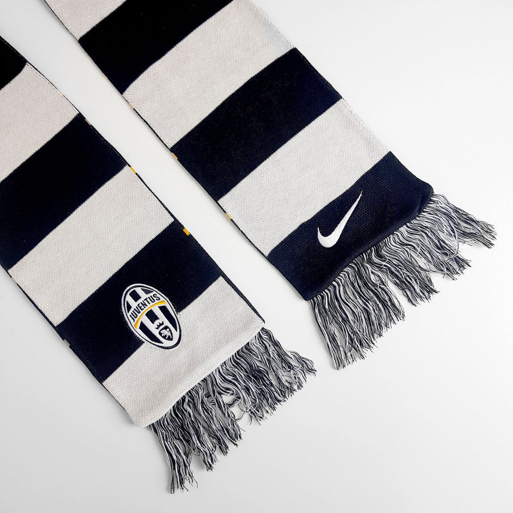 Vintage Juventus FC Football Nike Scarf - Black/White