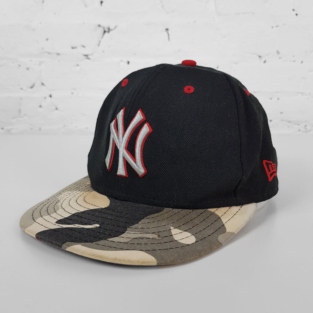 Vintage MLB New York Yankees Camouflage Cap - Black