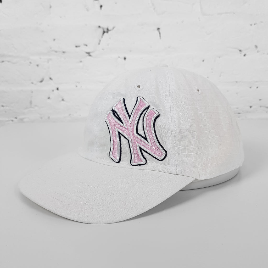 Vintage MLB New York Yankees Cap - White