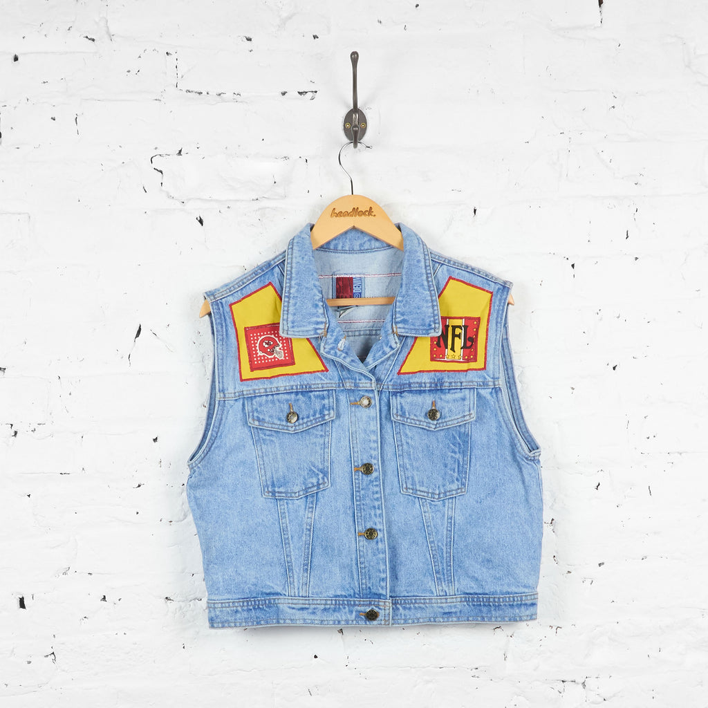 Vintage Women's NFL Kansas City Chiefs Sleeveless Denim Jacket - Blue - L