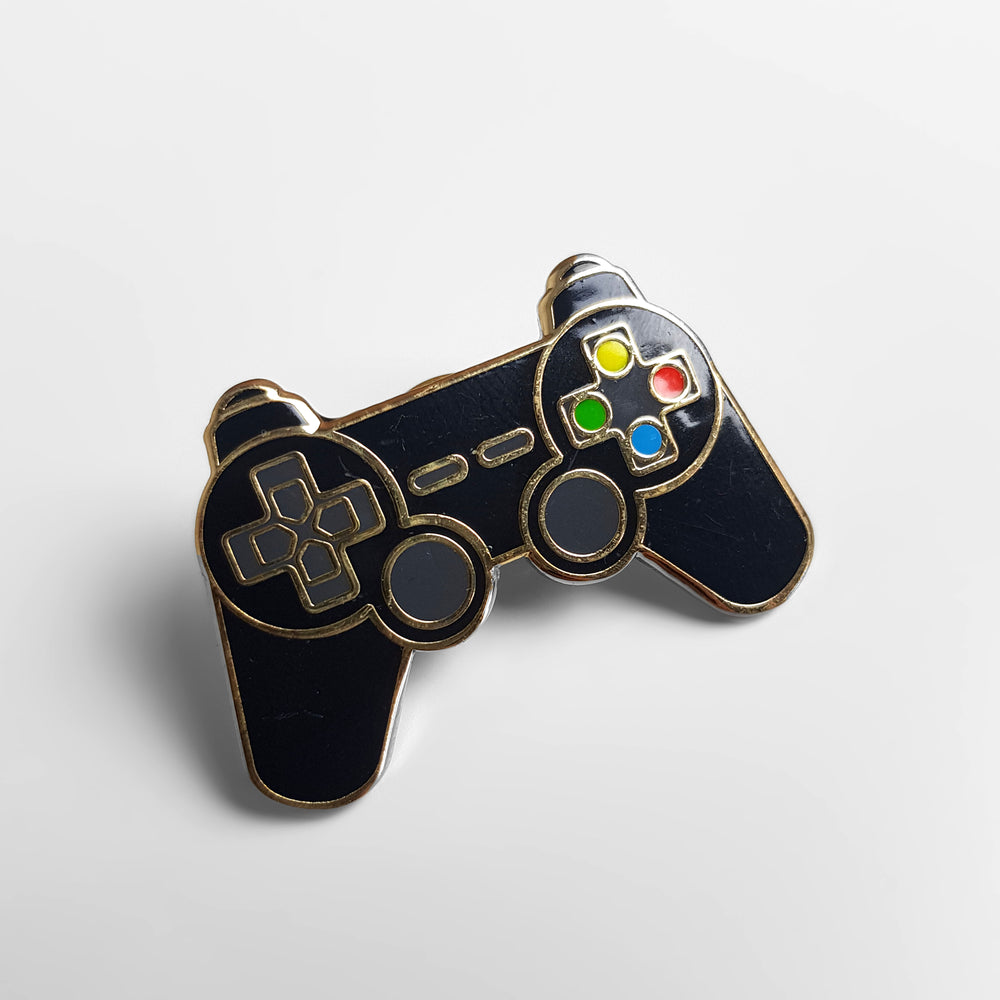 Headlock Game Controller Enamel Pin Badge - Black/Gold - Headlock