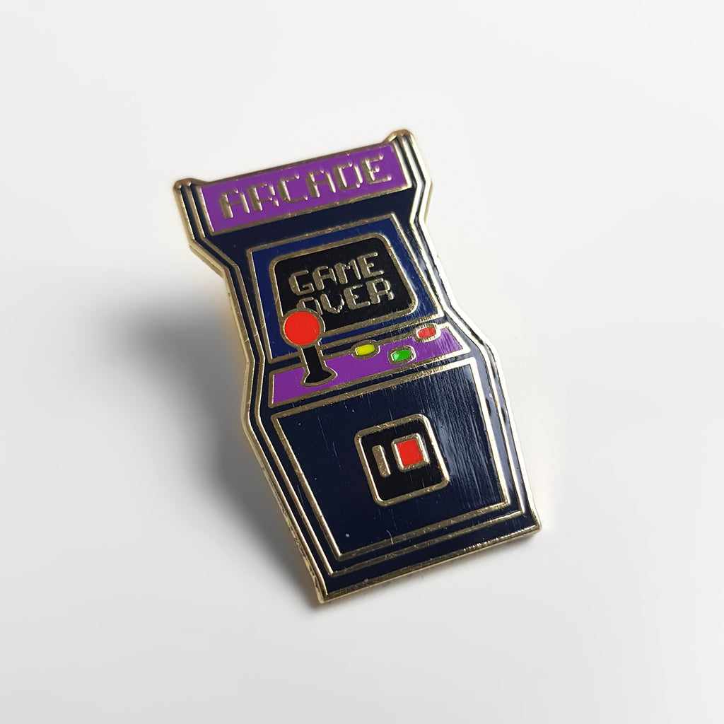 Headlock Retro Arcade Enamel Pin Badge - Black/Gold - Headlock