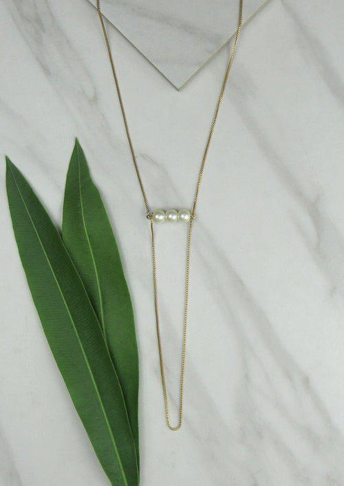 JULES SMITH LONG FINE TRIPLE PEARL NECKLACE