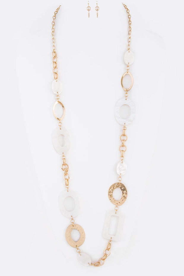 White Acetate & Hammered Metal Long Link Necklace