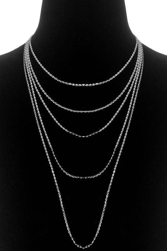 Layered Necklace With Ornate Twisting Chain Links