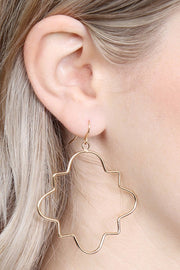 Wire Quatrefoil Dangle Earring