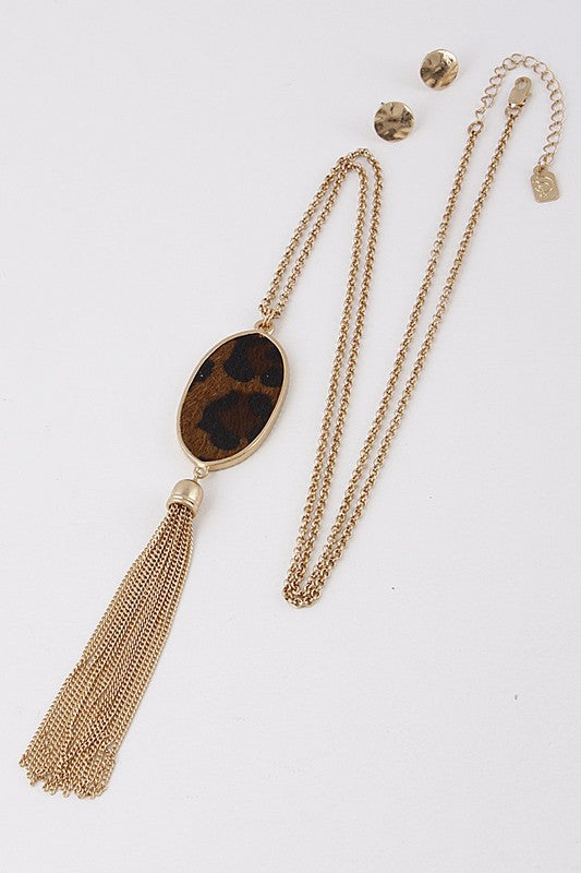 ANIMAL LEOPARD PRINT TASSEL ACCENTED NECKLACE
