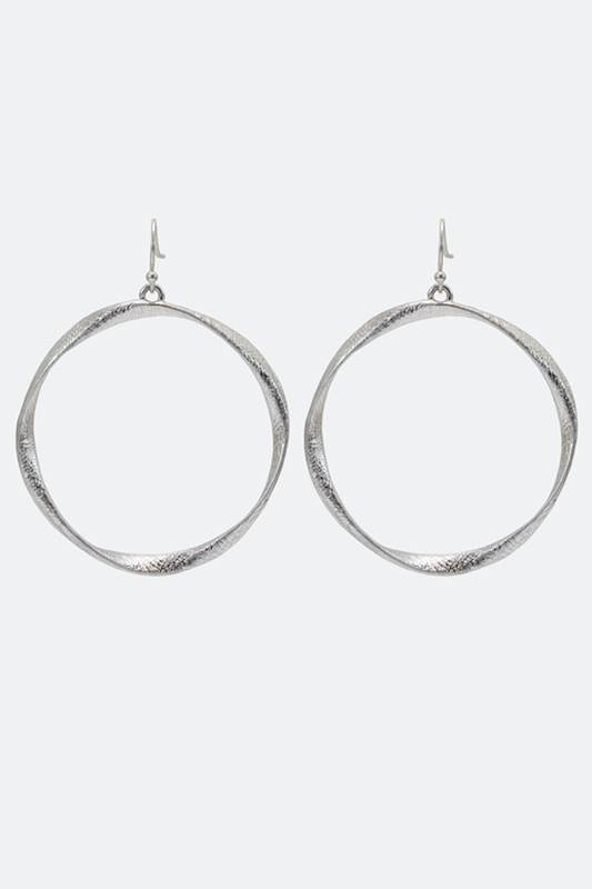 Round Shape Metal Earring