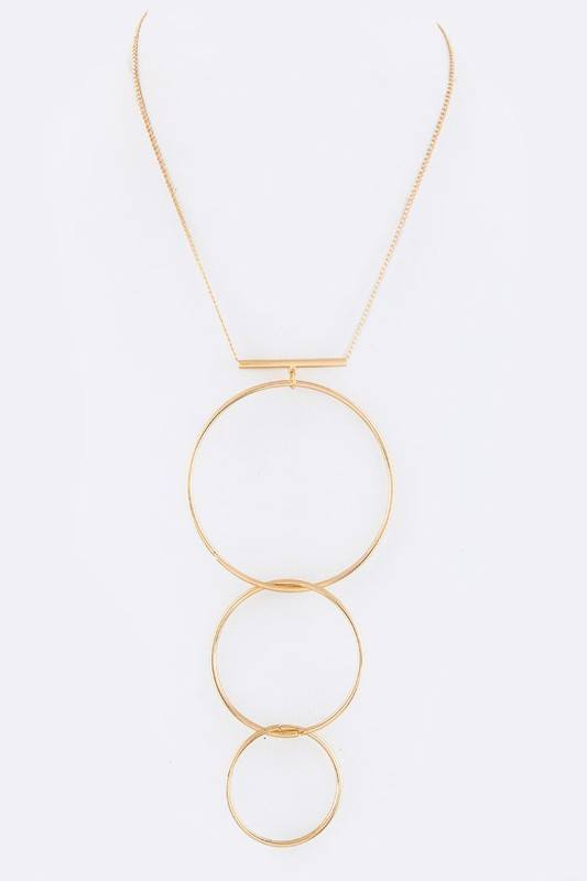 Linked Hoops Pendant Necklace