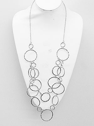 Hammered round ring linked long necklace