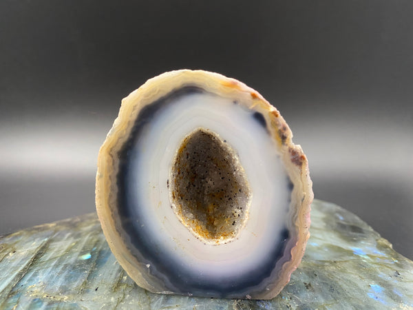 Small Agate Geode for calm and grounding