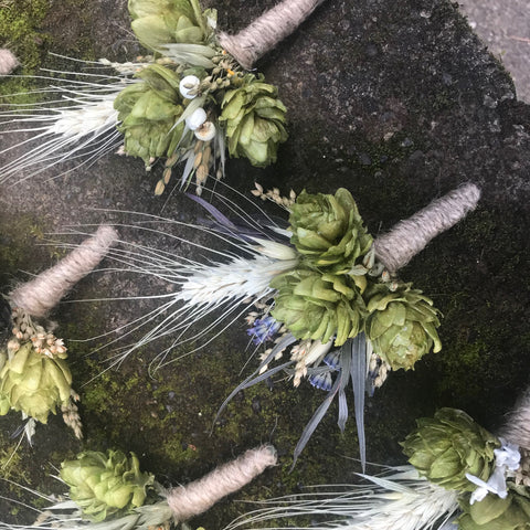 Boutonniere, hops with wheat