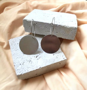 Wim - Medium Circle Earrings