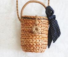 Load image into Gallery viewer, RATTAN BAG 3