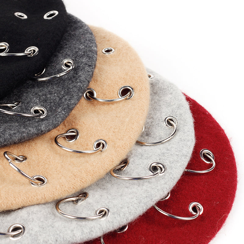 GRUNGE STYLED BERETS