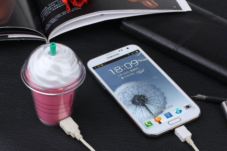 STARBUCKS POWER BANK - PHONE CHARGER