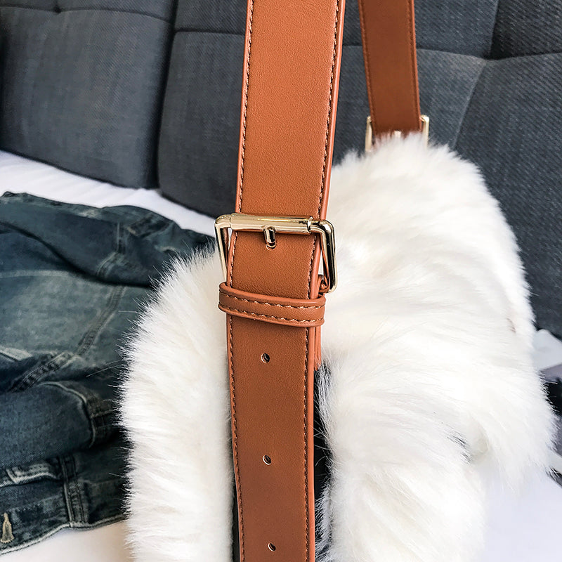 FAUX FUR TRAVEL BAG