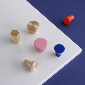 Coloured kitchen handles