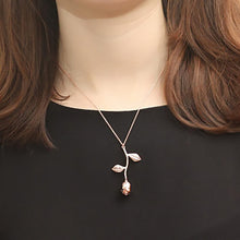 Load image into Gallery viewer, Rose Charm Necklace