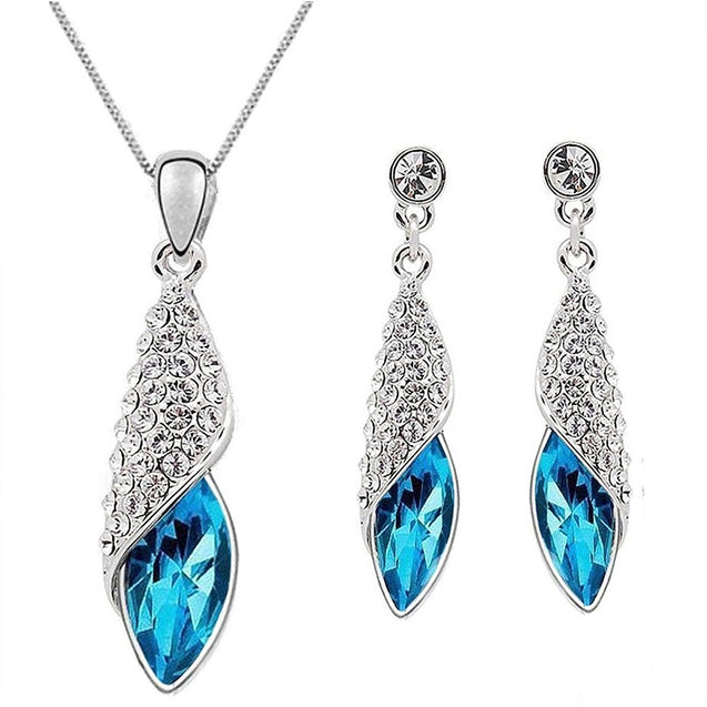 Addic Valentine Gifts White Gold Plated Austrian Crystal Pendant & Earrings Set for Girls and Women.