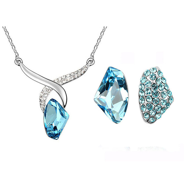 Addic Beautiful Hinged Blue Diamond Pendant & Earrings Set for Girls and Women.