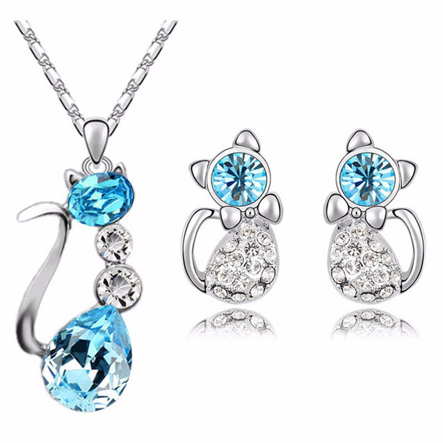 Addic Glazed Party Wear Crystal Studded Kitty Silver Pendant & Earring Set for Girls and Women.