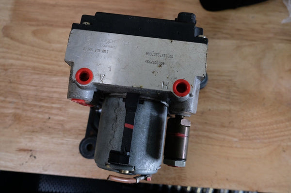 Porsche 993 ABS Hydraulic Pump 99335575500 99335595500