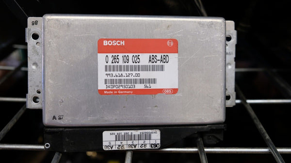Porsche 911 993 Turbo AWD ABS Control Unit Brain 99361812700