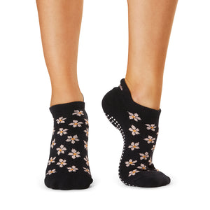 The Barre Code x Tavi Noir Low Rise Floral Ebony Grip Socks