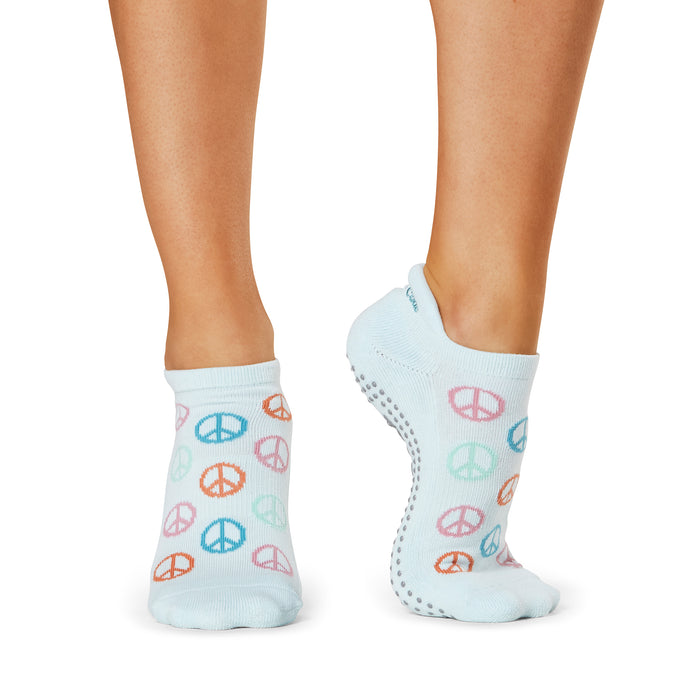 The Barre Code x Tavi Noir Peace Socks
