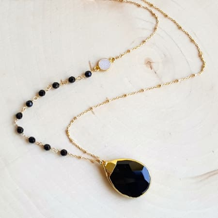 Miss Elenious Agate and Druzy Pendant Necklace