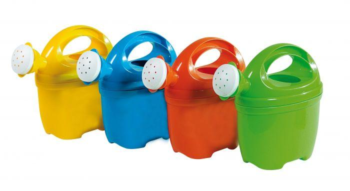 Summertime Water Can 1 L is a great accessory to have for winter and summer water and sand play.