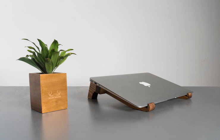 Laptop Setup  in Pine Wood
