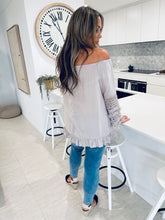 Fay Lace sleeve Top
