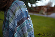 Load image into Gallery viewer, Tartan Poncho