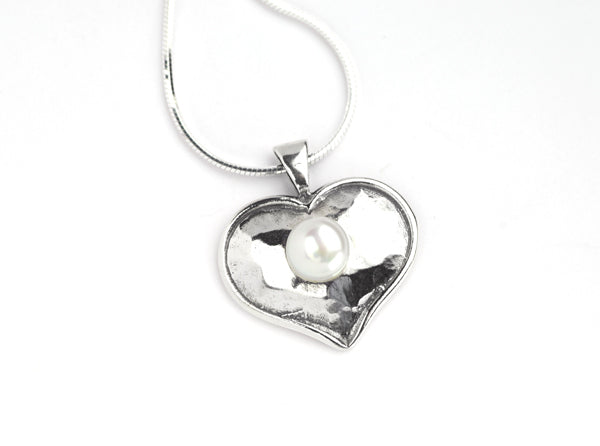 Silver Smooth Heart Pearl Necklace