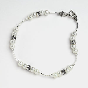 Single Silver Strand Pearl Bracelet
