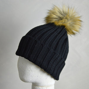 Black Bobble Hat (with Detachable Pom Pom)