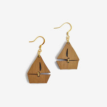 Load image into Gallery viewer, Dreamy Boat Earrings