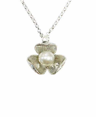 Pearl Flower Necklace