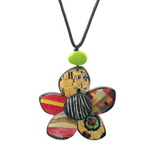 Load image into Gallery viewer, Kolkwitzia Necklace