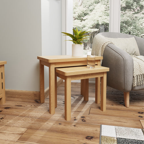 Rustic Oak Nest Of 2 Tables