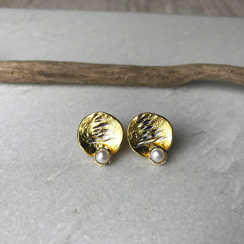Gold Textured Pearl Earrings