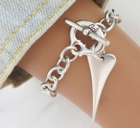 Pointed Heart Chunky Chain Bracelet