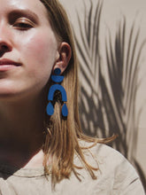 Load image into Gallery viewer, Corbero Earrings
