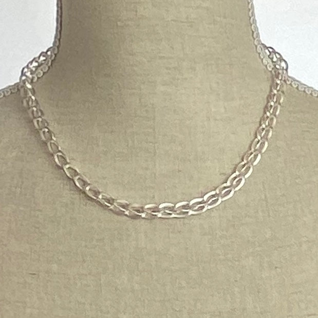 Three Dimensional Satin Silver Necklace