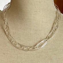 Load image into Gallery viewer, Stunning Silver Chain Necklace