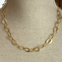 Load image into Gallery viewer, Gold Chain Link Necklace